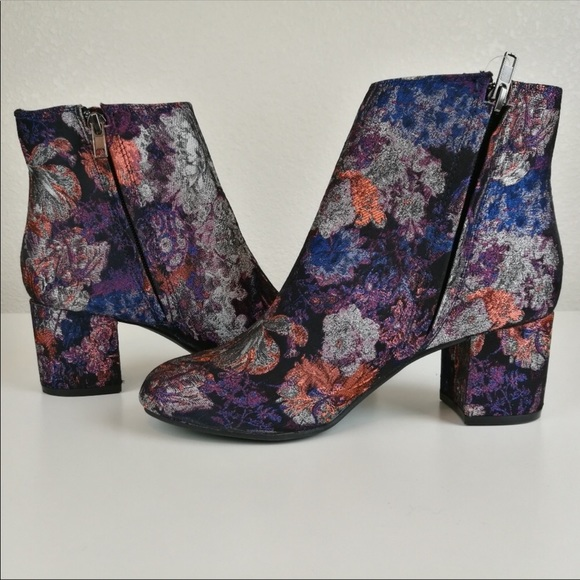 4a51129861c9c Zigi Soho Shoes | Black Floral Ankle Boots Booties Heels | Poshmark